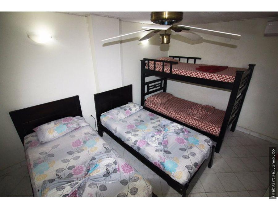 apartamento rodadero 3 hab 10 per 290000 205ka