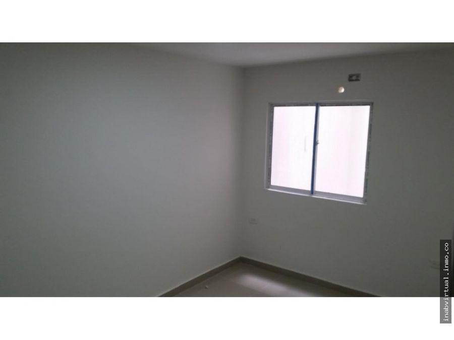 vendemos apartamento 3 alcobas y 95 m2 en chipre