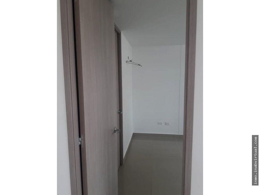 arriendo apartamento 2 alcobas piso 2 en edificio life barranquilla