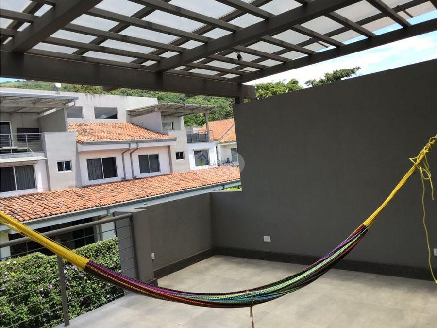 venta de casa en escazu