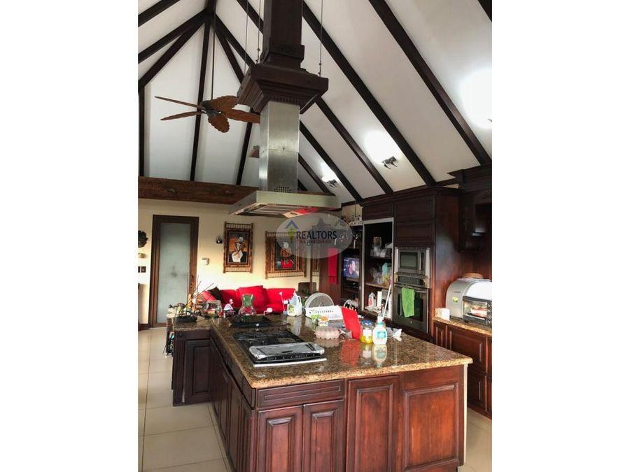 venta de casa en condominio villa leona