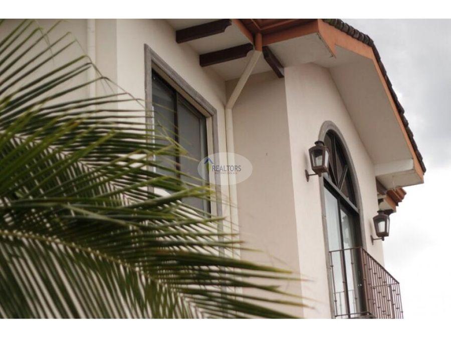 alquiler o venta de apartamento en santa ana