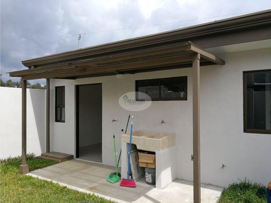 venta de casa en condominio en cartago