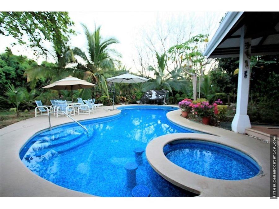 se vende quinta en orotina con casa piscina rancho