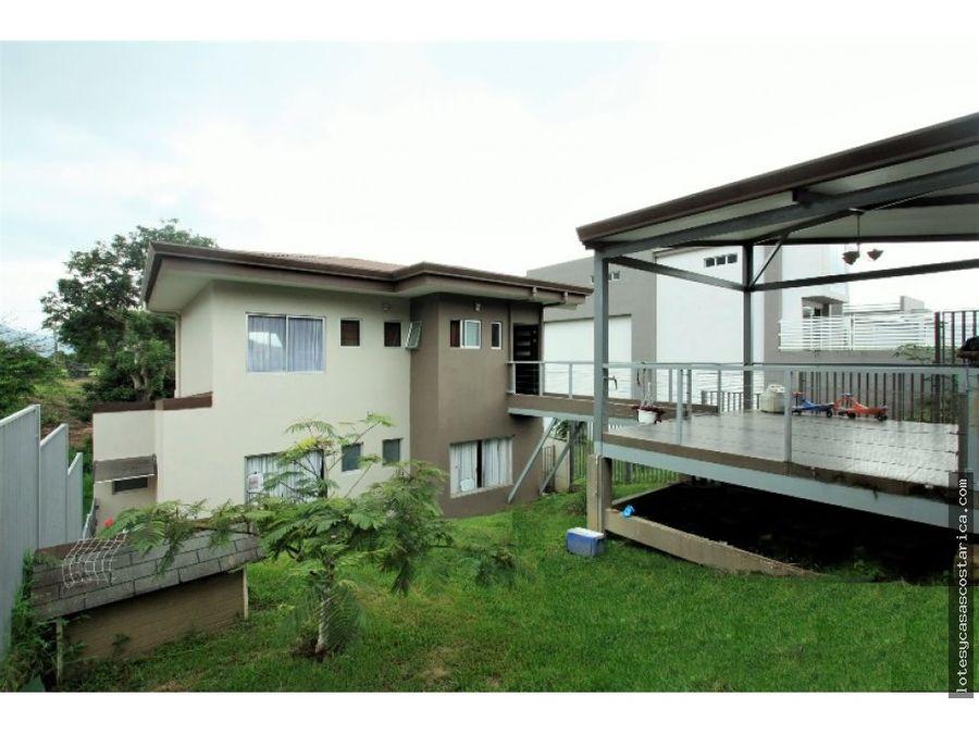 casa en tres rios residencial con seguridad
