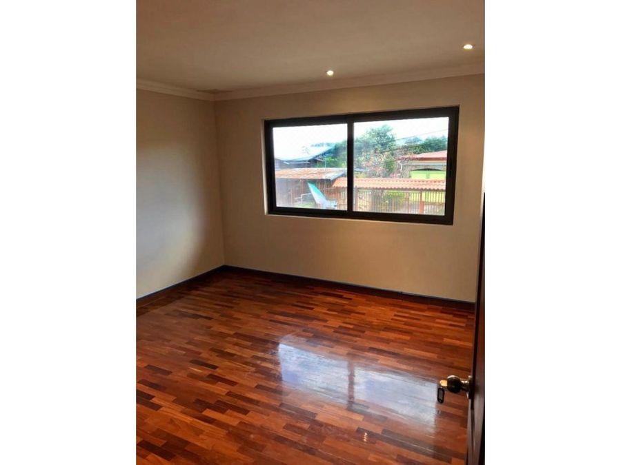 casa para venta y alquiler en condominio en san antonio escazu