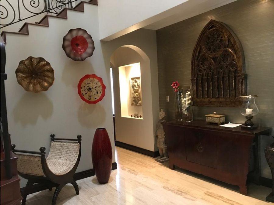 casa de lujo en venta lindora santa ana