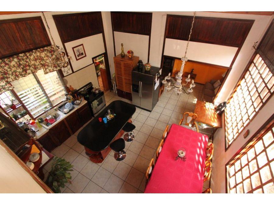 casa en venta santa ana centro independiente