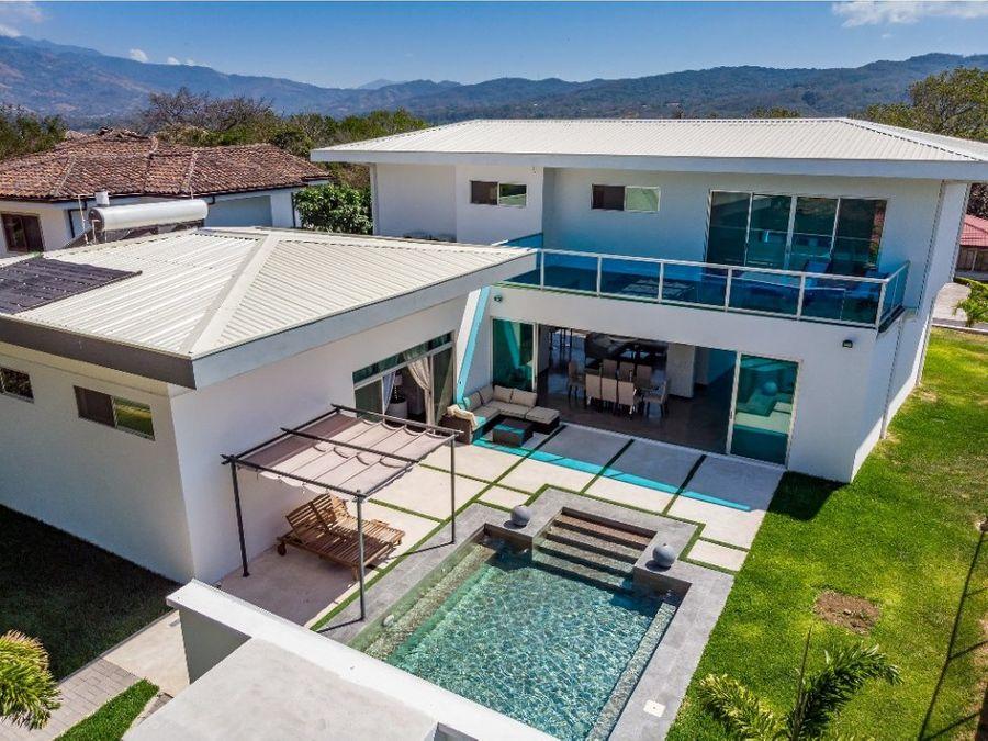 casa moderna contemporanea los reyes la guacima