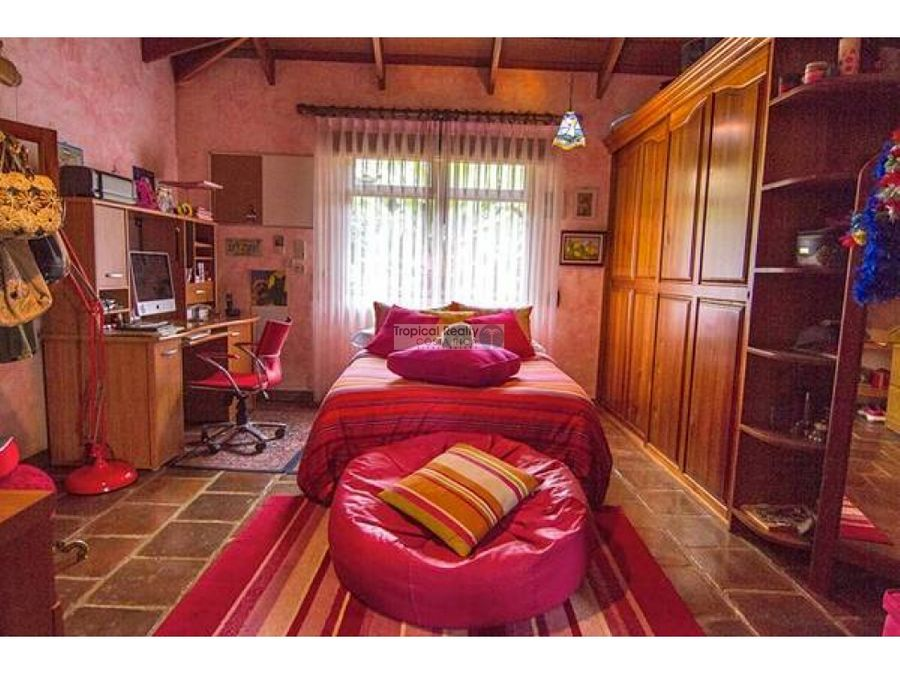 casas estilo italiano costarricense en venta ciudad colon