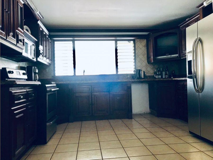 casa en venta escazu en condominio