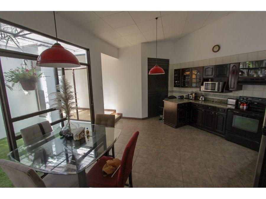 casa independiente para venta ubicada en trejos montealegre