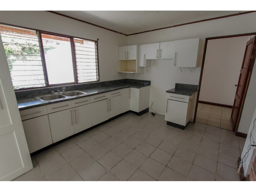 casa independiente en venta escazu