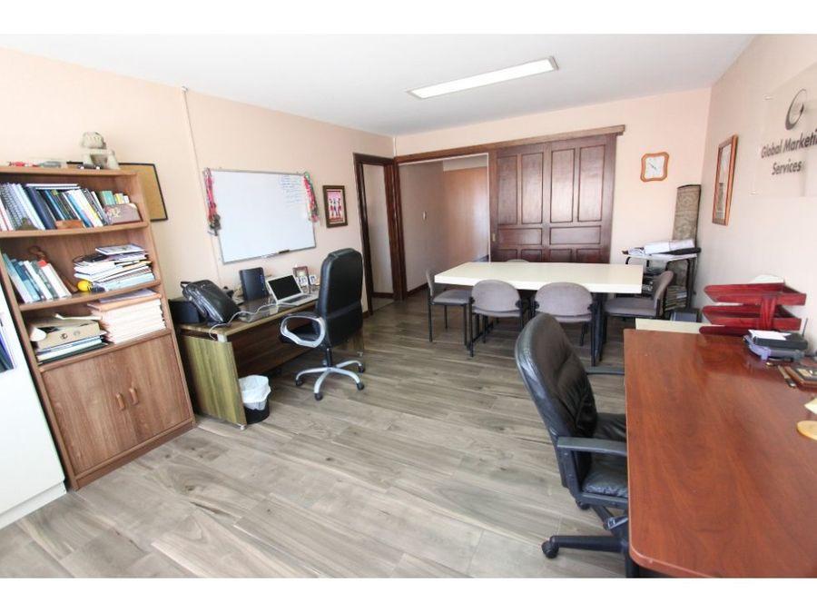 casa en venta moravia con oficina independiente
