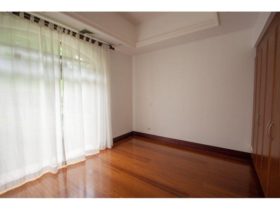 apartamento en alquiler o venta escazu