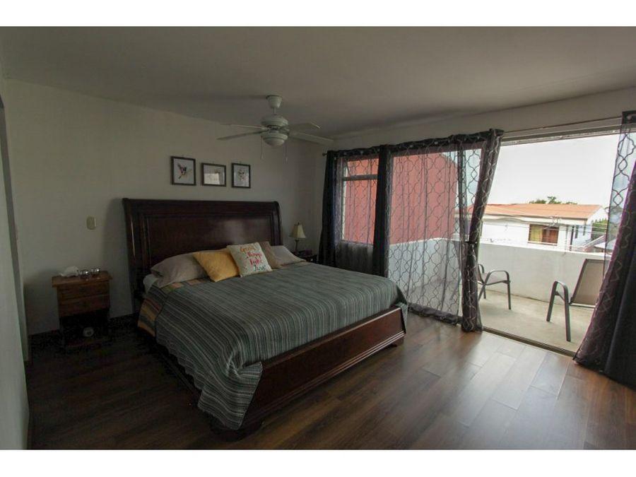 venta de casa independiente ubicada en san antonio de escazu