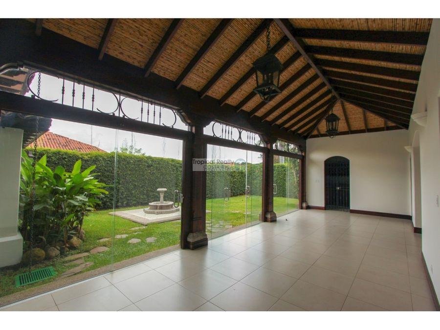 casa en venta alquiler bosques de lindora santa ana