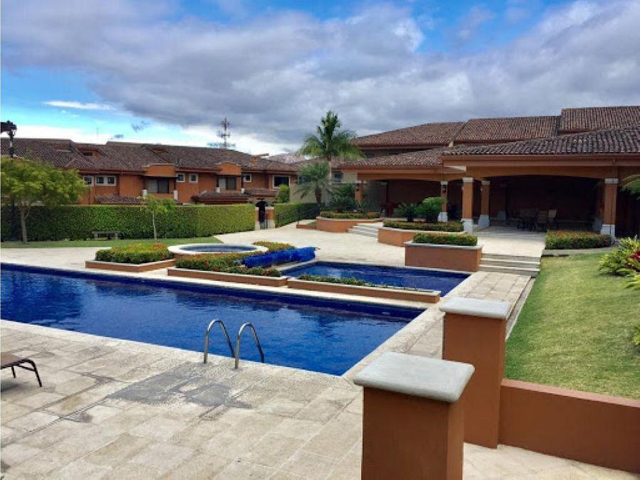 casa en alquiler villas de valencia escazu