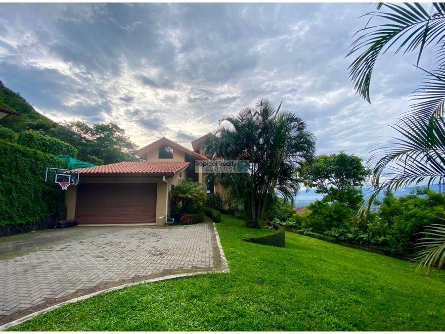 casa en venta santa ana con vistas rodeada de naturaleza