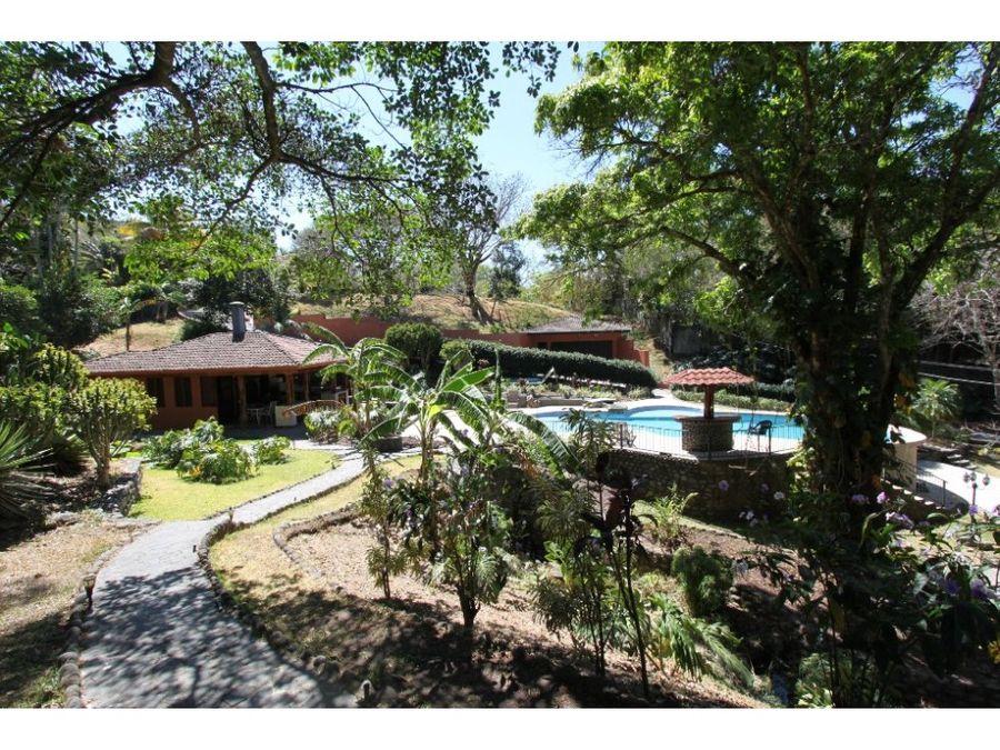 casa en venta en brasil de mora ciudad colon