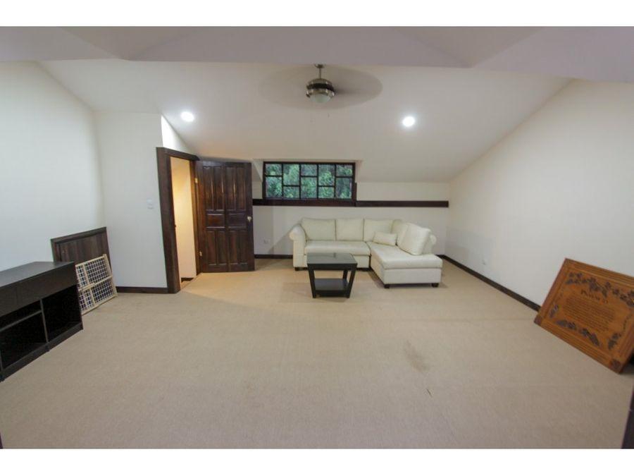 casa en venta escazu en residencial con seguridad