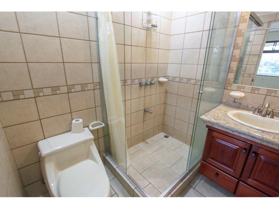 venta de casa en condominio escazu