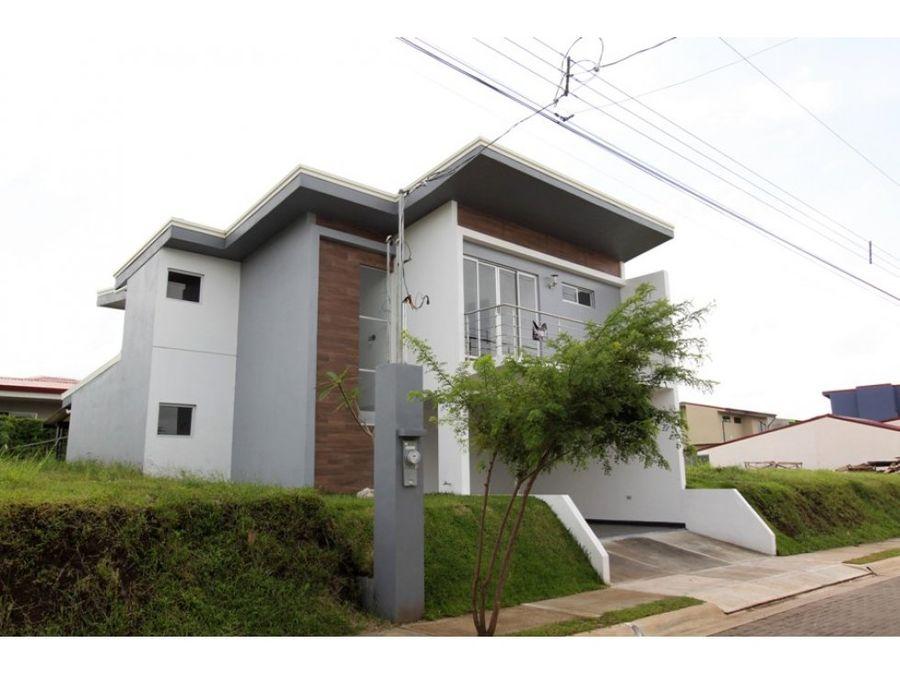 casa en venta nueva condominio montezuma grecia