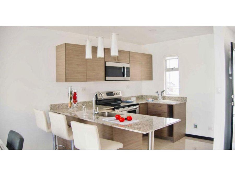 venta de casa en condominio coyol alajuela