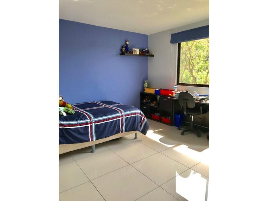 casa en residencial con apartamento adjunto