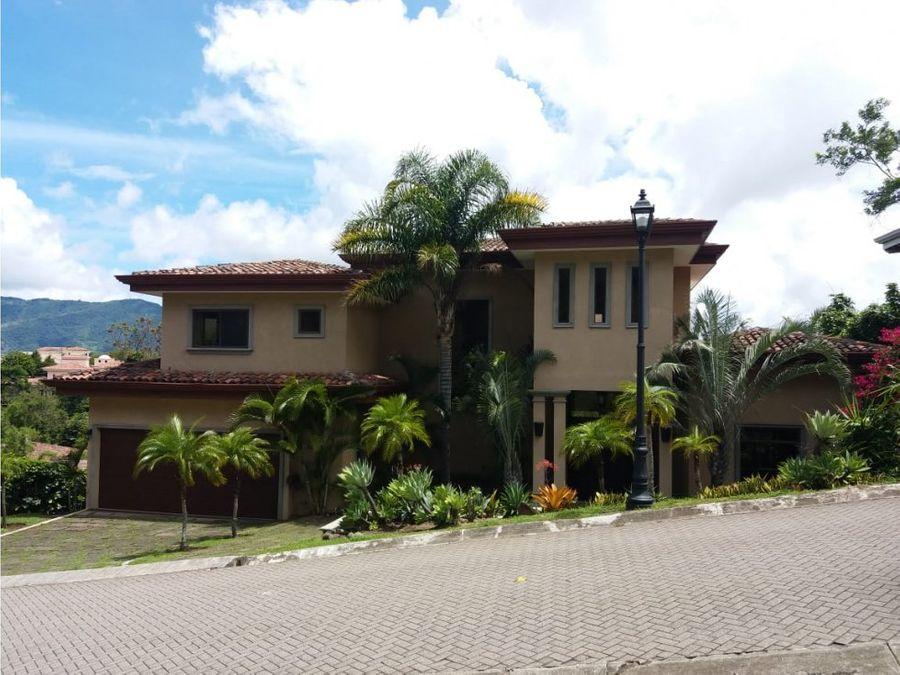 casa de lujo en villa real