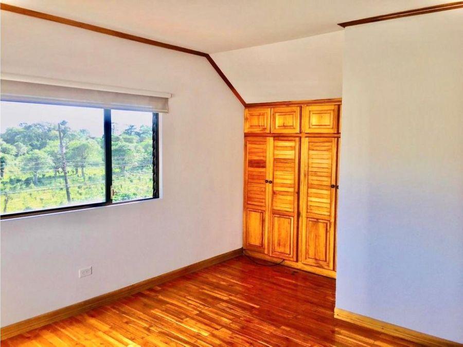 venta de casa en condominio ubicada en guayabos de curridabat