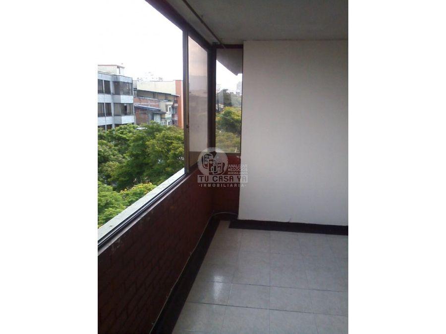 se vende apartamento centro de pereira