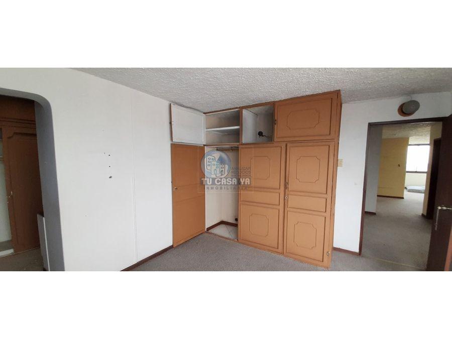vendo apartamento ultimo piso vista hacia todo pereira