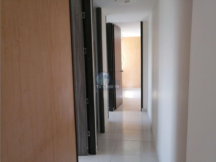 vendo apartamento con parqueadero en sotano pereira