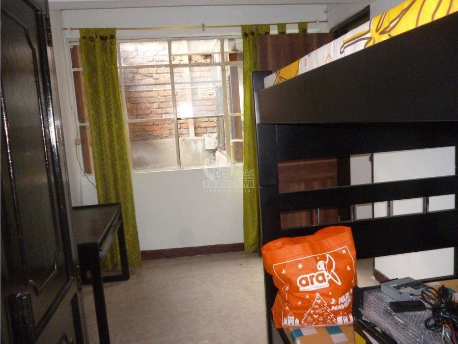 se vende casa 3 pisos independiente en providencia