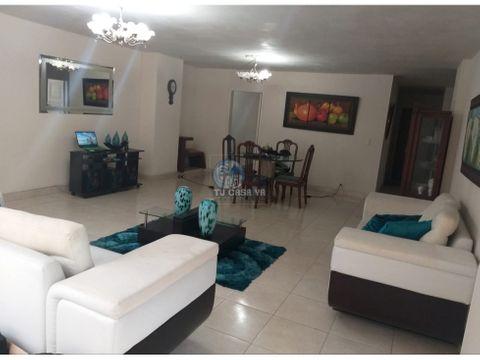 apartamento de 240m2 muy cerca a la plaza de bolivar