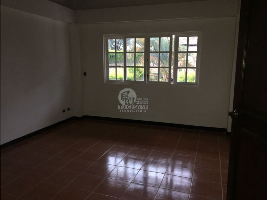782823 hermosa finca en condominio via cerritos