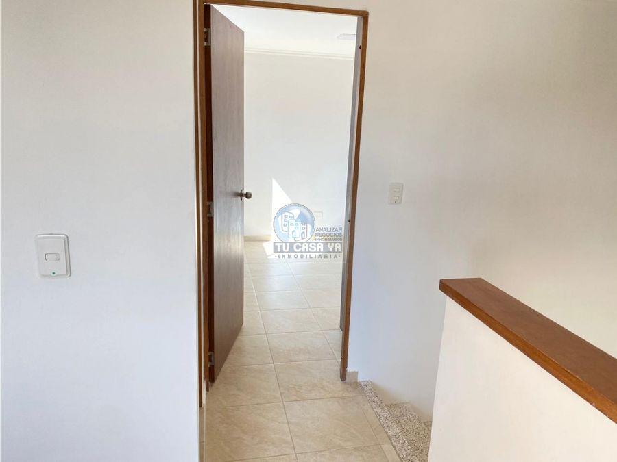 hermosa casa de 103 m2 con excelente ubicacacion en cerritos campestre
