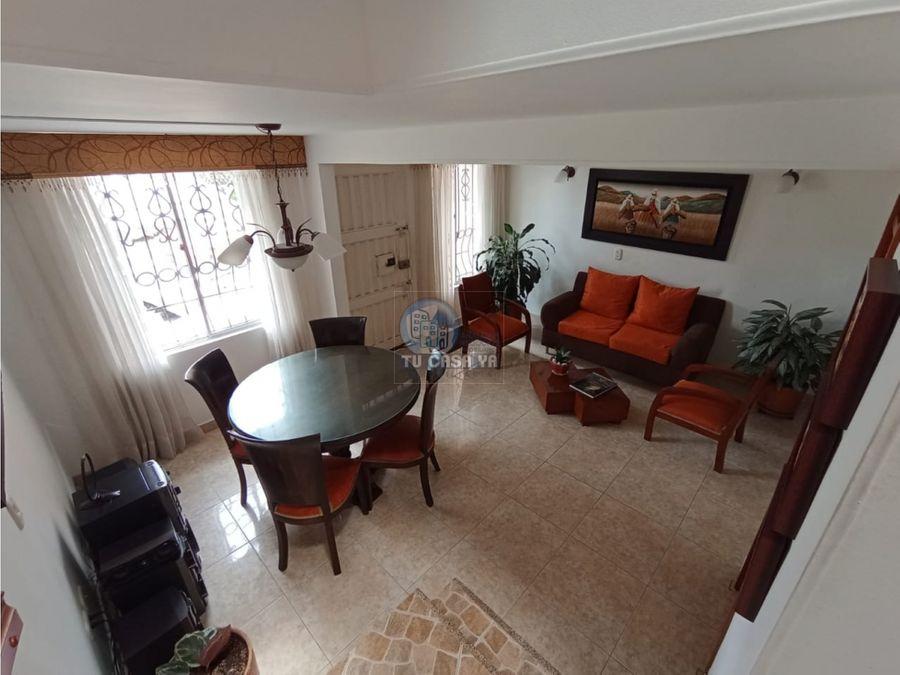 hermosa casa duplex de 94m2 en sector villa del campo