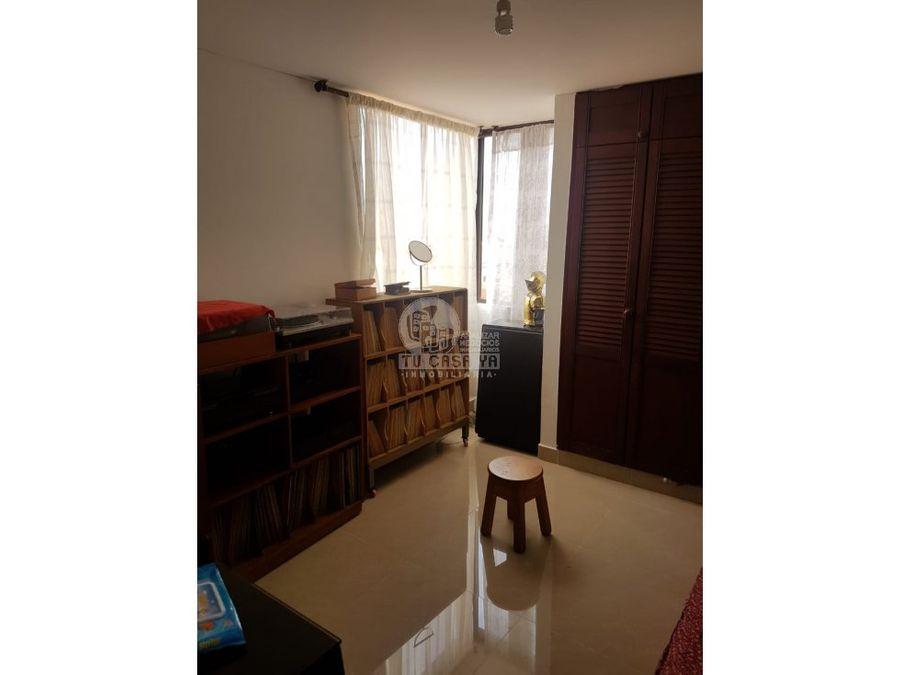 836990 vendo apartamento calle 21