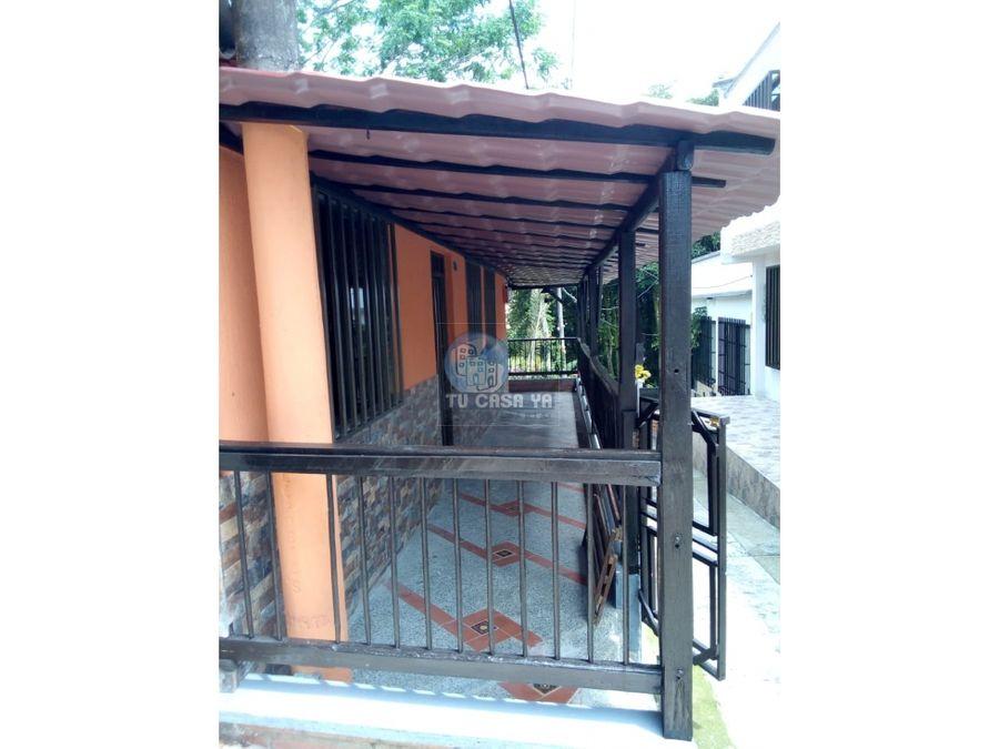 se vende casa con 16 metros de balcon
