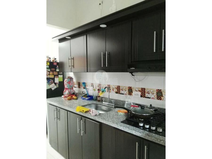 2530630 vendo casa tres pisos independientes
