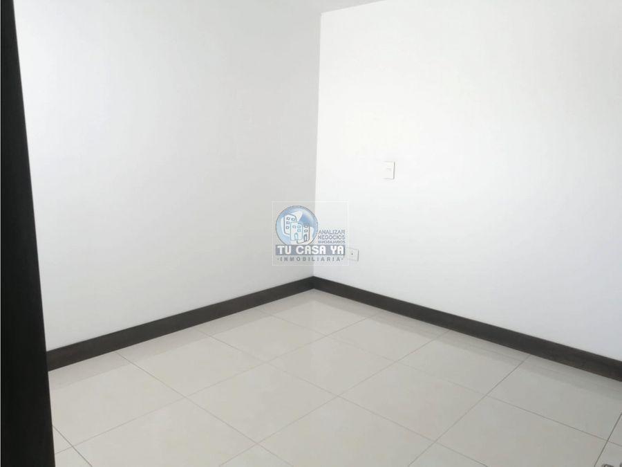 4462850 vendo casa esquinera la villa