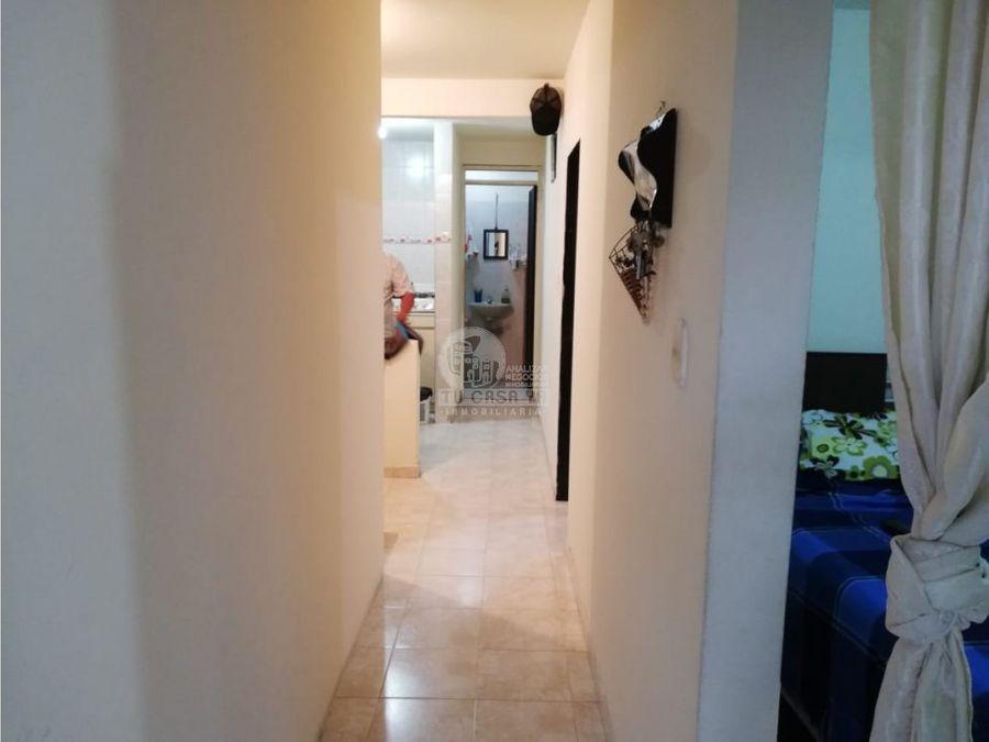 1424602 vendo casa cuba 3 pisos independientes
