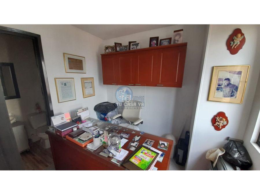 se vende amplio apartamento en alamos