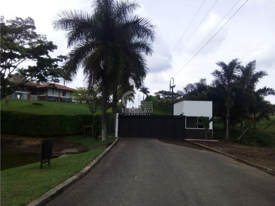 vendo lote via cerritos pereira