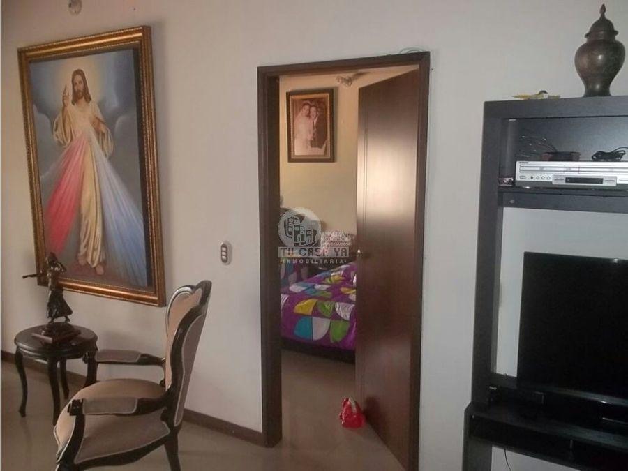 vendo apartamento con excelente ubicacion