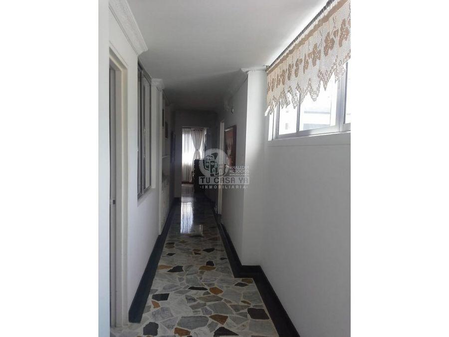 2348232 vendo apartamento en alamos