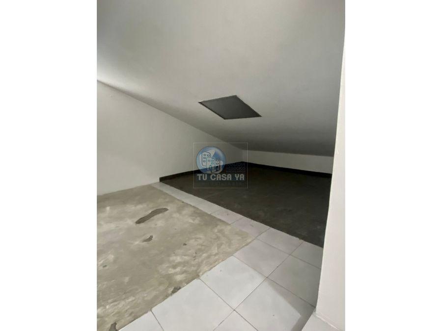 se vende apartamento semi duplex en dosquebradas