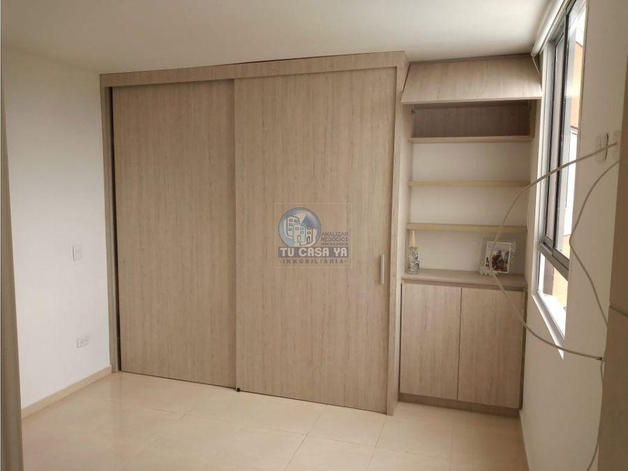 se vende apartamento av condina